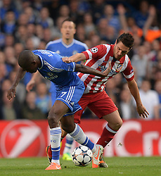 30.04.2014, Stamford Bridge, London, ENG, UEFA CL, FC Chelsea vs Atletico Madrid, Halbfinale, Rueckspiel, im Bild Chelsea's midfielder Ramires and Athletico Madrid's midfielder Koke compete for the ball // Chelsea's midfielder Ramires and Athletico Madrid's midfielder Koke compete for the ball during the UEFA Champions League Round of 4, 2nd Leg Match between Chelsea FC and Club Atletico de Madrid at the Stamford Bridge in London, Great Britain on 2014/05/01. EXPA Pictures &copy; 2014, PhotoCredit: EXPA/ Mitchell Gunn<br /> <br /> *****ATTENTION - OUT of GBR*****