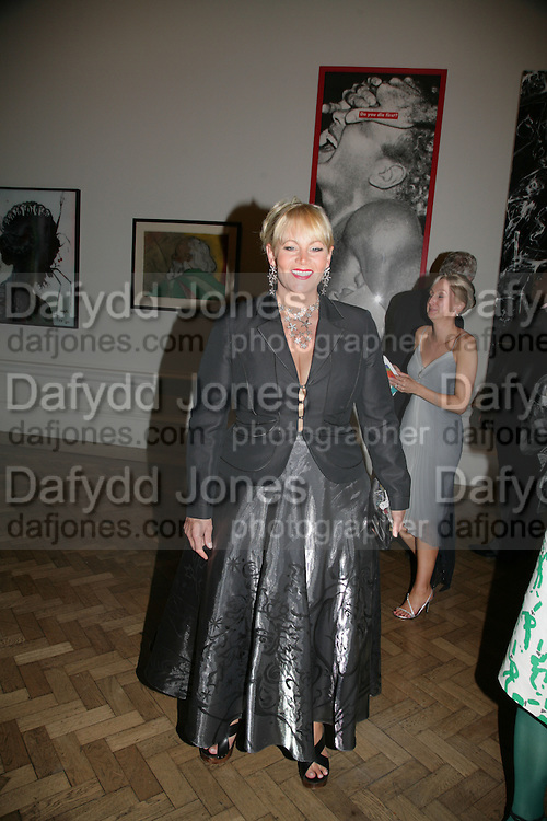 JACKIE LLEWELLEN BOWEN, Royal  Academy of  Arts summer exhibition opening night. Royal academy. Piccadilly. London. 6 June 2007.  -DO NOT ARCHIVE-© Copyright Photograph by Dafydd Jones. 248 Clapham Rd. London SW9 0PZ. Tel 0207 820 0771. www.dafjones.com.
