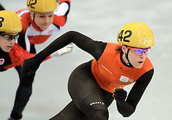 18-02-2014 SHORTTRACK: OLYMPIC GAMES: SOTSJI<br /> Jorien ter Mors op de 1000 meter gaat onderuit door de Canadese Marianne St Gerlais (108)<br /> ©2014-FotoHoogendoorn.nl