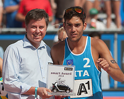 04.08.2013, Klagenfurt, Strandbad, AUT, A1 Beachvolleyball EM 2013, Finale Herren, Spiel 72, im Bild rechts the Smart Player Award for Daniele LUPO 2 ITA, Merzedes XXXXX <br /> // during Final match 72 of the A1 Beachvolleyball European Championship at the Strandbad Klagenfurt, Austria on 2013/08/04. EXPA Pictures © 2013, EXPA Pictures © 2013, PhotoCredit: EXPA/ Mag. Gert Steinthaler