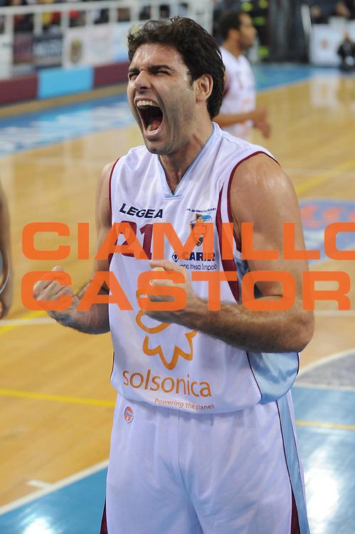 DESCRIZIONE : Rieti Lega A1 2008-09 Solsonica Rieti Lottomatica Virtus Roma<br /> GIOCATORE : Vangelis Sklavos<br /> SQUADRA : Solsonica Rieti<br /> EVENTO : Campionato Lega A1 2008-2009 <br /> GARA : Solsonica Rieti Lottomatica Virtus Roma<br /> DATA : 21/12/2008 <br /> CATEGORIA : Esultanza<br /> SPORT : Pallacanestro <br /> AUTORE : Agenzia Ciamillo-Castoria/E.Grillotti<br /> GALLERIA : Lega Basket A1 2008-2009 <br /> FOTONOTIZIA : Rieti Campionato Italiano Lega A1 2008-2009 Solsonica Rieti Lottomatica Virtus Roma<br /> PREDEFINITA :