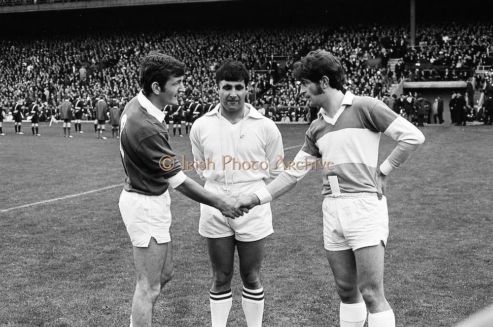 All Ireland Senior Football Championship Final. Offaly v Galway. 26.09.1971. 26th September 1971. Offaly 1-14 Galway 2-08.  Referee Paul Kelly. Croke Park, Dublin..