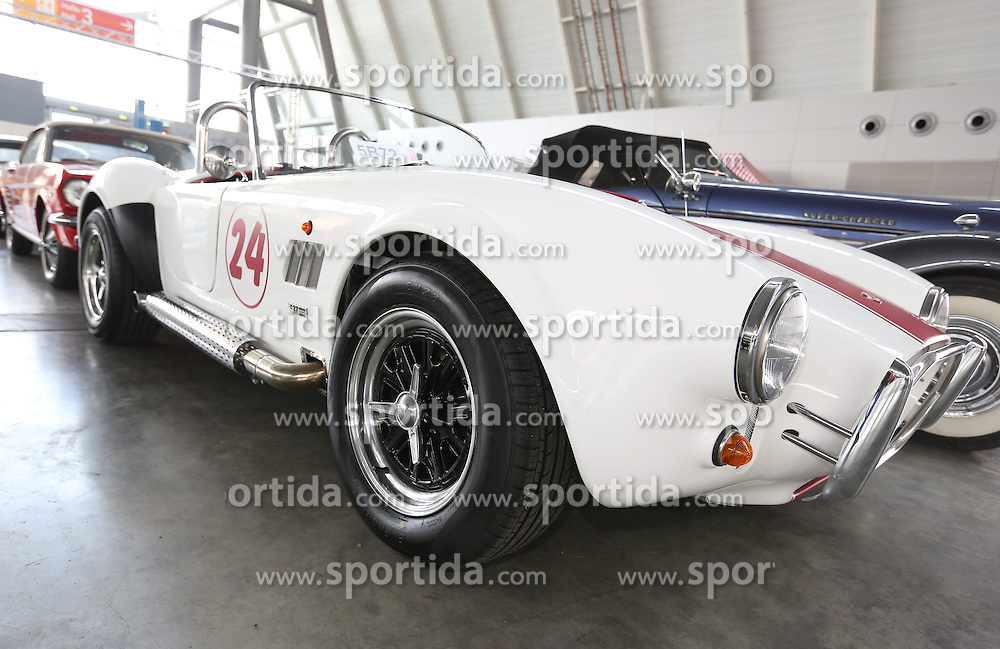 25.03.2015, Stuttgart, GER, Retro Classics 2015, Cobra 427, im Bild Cobra 427, USA, Oldtimer // a Cobra 427 before the Retro Classics 2015 in Stuttgart, Germany on 2015/03/25. EXPA Pictures &copy; 2015, PhotoCredit: EXPA/ Eibner-Pressefoto/ Eky Eibner<br /> <br /> *****ATTENTION - OUT of GER*****