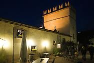 Italie, Fumane, 20080403.<br /> Restaurant Enoteca della Valpolicella bij avondlicht.<br /> Sfeervol, gerenomeerd restaurant in Fumane<br /> Samen met een wijnkelder met meer dan 700 wijnen<br /> <br /> Italy, Fumane 20,080,403.<br /> Restaurant Enoteca della Valpolicella in evening light.<br /> Attractive, well-established restaurant in Fumane<br /> Along with a wine cellar with more than 700 wines<br /> <br /> <br /> <br /> Sas di Riolfi A. e C. <br /> Via Osan, 45 <br /> 37022 FUMANE