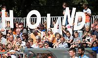 WAALWIJK -  RABO SUPER SERIE . Supporters met grote Holland letters  tijdens  de hockeyinterland heren  Nederland-India (3-4),  ter voorbereiding van het EK,  dat vrijdag 18/8 begint.  COPYRIGHT KOEN SUYK