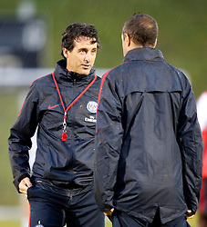 05.08.2016, Woerthersee Stadion, Klagenfurt, AUT, Trophee des Champions, Paris St. Germain vs Olympique Lyon, Training, im Bild Cheftrainer Unai Emery (Paris St. Germain). // during Training before the French Supercup Match between Paris St. Germain and Olympique Lyon at the Woerthersee Stadion in Klagenfurt, Austria on 2016/08/05. EXPA Pictures © 2016, PhotoCredit: EXPA/ Wolfgang Jannach
