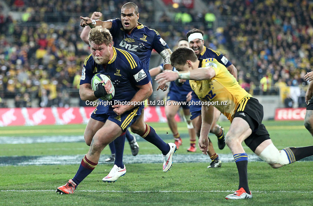 Highlanders' Ross Geldenhuys looks headed for a certain try but is tackled on the line by Hurricanes' Julian Savea during the Super Rugby Final, Hurricanes v Highlanders. Westpac Stadium, Wellington, New Zealand. 4 July 2015. Copyright Photo.: Grant Down / www.photosport.nz