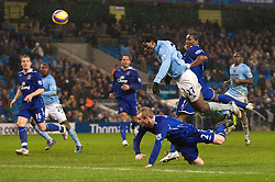 MANCHESTER, ENGLAND - Monday, February 25, 2008: Everton's players survive a late scare as Manchester City's Mwaruwari Benjani sends his header over the bar during the Premiership match at the City of Manchester Stadium. (Photo by David Rawcliffe/Propaganda)