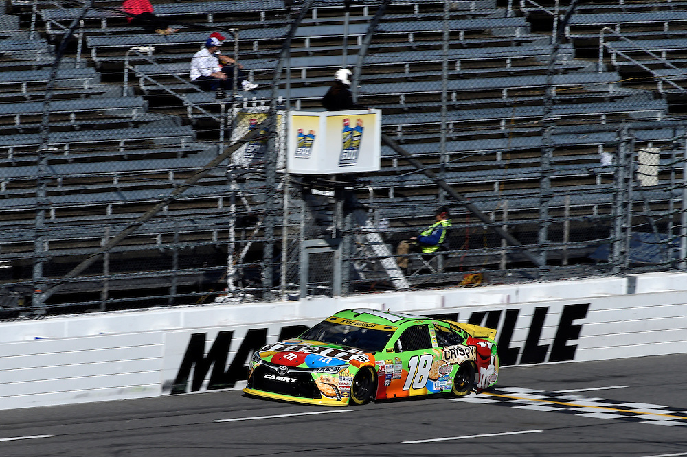 30 October - 1 November, 2015, Martinsville, Virginia USA<br /> Kyle Busch, M&amp;M's Crispy Toyota Camry<br /> &copy;2015 Scott R LePage <br /> LAT Photo USA