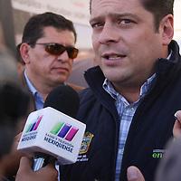 Jiquipilco, Mexico.- Javier García Bejos, Secretario del Trabajo, en entrevista después de la reinauguración de 24 kilometros de la carretera que conecta a Jiquipilco con el municipio de Naucalpan.  Agencia MVT / Beatriz Rodriguez.