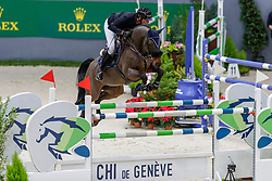 JUFER Alain (SUI), Dante MM<br /> Genf - CHI Geneve Rolex Grand Slam 2019<br /> Prix des Communes Genevoises<br /> 2-Phasen-Springen<br /> International Jumping Competition 1m50<br /> Two Phases: A + A, Both Phases Against the Clock<br /> 13. Dezember 2019<br /> © www.sportfotos-lafrentz.de/Stefan Lafrentz