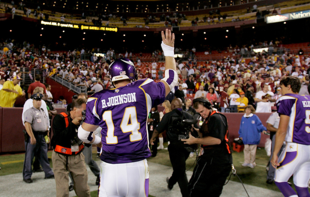 LANDOVER, MD - SEPTEMBER 11: #14 Brad Johnson of the Minnesota Vikings walks off the field after defeating the Washington Redskins on September 11, 2006 at FedEx Field in Landover, Maryland.   The Vikings won 19-16.  *** Local Caption *** Brad Johnson