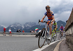 20.05.2011, Großglockner Hochalpenstrasse, AUT, Giro d´ Italia 2011, 13. Etappe, Spilimbergo - Großglockner, im Bild das Spitzenfeld beim Anstieg auf den Iselsberg, Pieter Weening (NED) Rabobank // the leaders in the rise of the Iselsberg, Pieter Weening (NED) Rabobank during the Giro d´ Italia 2011, Stage 13, Spilimbergo - Großglockner, Austria, 2011-05-07, EXPA Pictures © 2011, PhotoCredit: EXPA/ J. Feichter