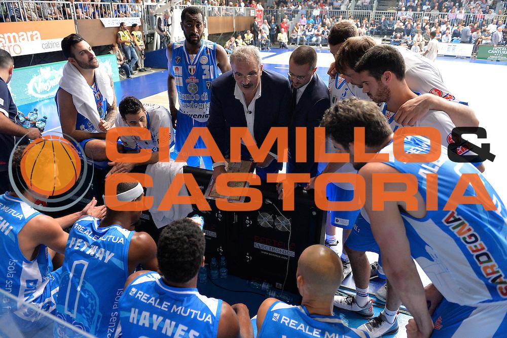 DESCRIZIONE : Cant&ugrave; Lega A 2015-16 Acqua Vitasnella Cantu' vs Dinamo Banco di Sardegna Sassari<br /> GIOCATORE : Romeo Sacchetti<br /> CATEGORIA : Time out coach<br /> SQUADRA : Dinamo Banco di Sardegna Sassari<br /> EVENTO : Campionato Lega A 2015-2016<br /> GARA : Acqua Vitasnella Cantu'  Dinamo Banco di Sardegna Sassari<br /> DATA : 12/10/2015<br /> SPORT : Pallacanestro <br /> AUTORE : Agenzia Ciamillo-Castoria/I.Mancini<br /> Galleria : Lega Basket A 2015-2016  <br /> Fotonotizia : Acqua Vitasnella Cantu'  Lega A 2015-16 Acqua Vitasnella Cantu' Dinamo Banco di Sardegna Sassari   <br /> Predefinita :