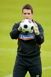CARDIFF, WALES - Monday, October 13, 2008: Wales' goalkeeper Lewis Price during training at the Vale of Glamorgan Hotel ahead of the 2010 FIFA World Cup South Africa Qualifying Group 4 match against Germany. (Photo by David Rawcliffe/Propaganda)