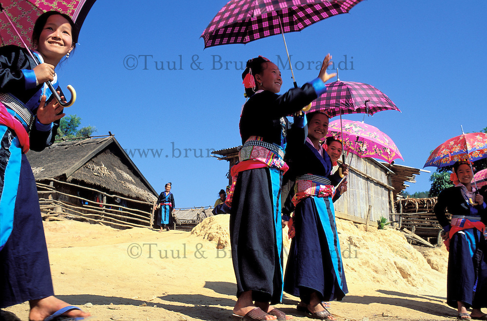 Laos. Région de Luang Prabagng. Nouvel an de l'ethnie Hmong // New year festival of Hmong minority -Luang Prabang area - Lao People's Democratic Republic