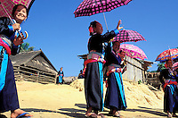 Laos. Région de Luang Prabagng. Nouvel an de l'ethnie Hmong // New year festival of Hmong minority -Luang Prabang area - Lao People's Democratic Republic