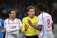 Fussball 1. Bundesliga 2012/2013: Relegation  Bundesliga / 2. Liga  TSG 1899 Hoffenheim  - 1. FC Kaiserslautern          23.05.2013 Albert Bunjaku (li) und Mohamadou Idrissou (re, beide 1. FC Kaiserslautern) reklamieren bei Schiedsrichter Felix Brych