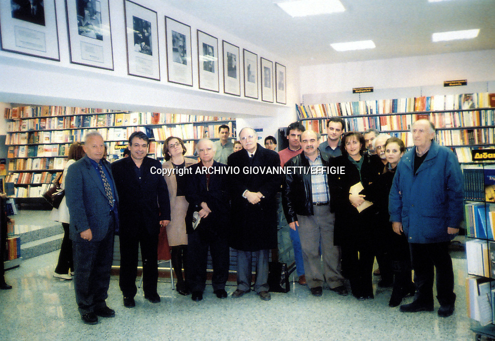 KALUTSAS TASOS IL 02/03/01 ALLA PRESENTAZIONE DEL LIBRO<br />ARCHIVIO GIOVANNETTI/EFFIGIE