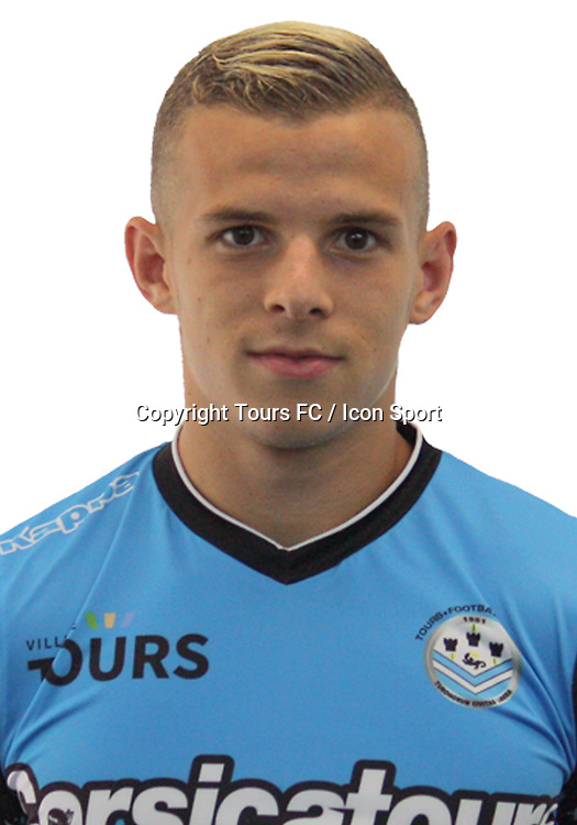 Gauthier Hein during the during photoshooting of Tours FC for new season 2017/2018 on October 5, 2017 in Tours, France<br /> Photo : Tours FC / Icon Sport