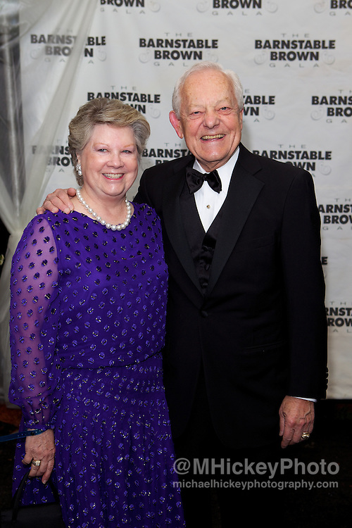 CBS News host Bob Schieffer and wife appear at the Barnstable Brown Gala.