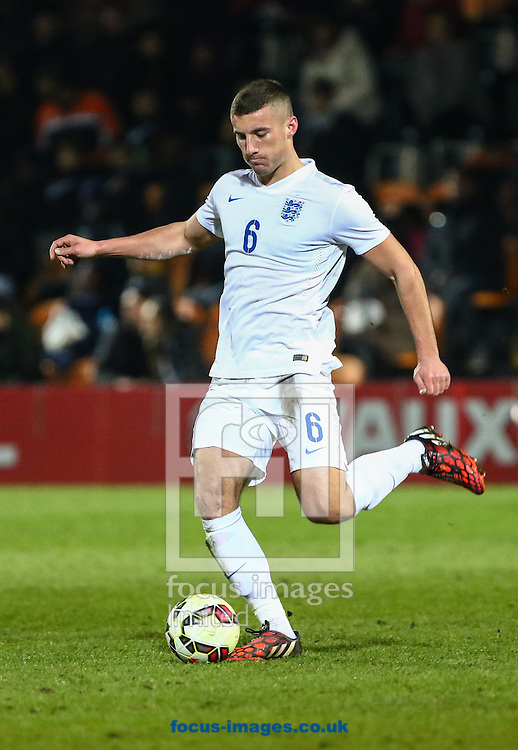 Bailey Cargill of England U20 during the International Friendly match at The Hive Stadium, Harrow<br /> Picture by David Horn/Focus Images Ltd +44 7545 970036<br /> 25/03/2015