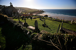 UK CORNWALL ST IVES 10JUN08 - The church and graveyard overlooking St Ives beach in Cornwall, western England...jre/Photo by Jiri Rezac / WWF UK..© Jiri Rezac 2008..Contact: +44 (0) 7050 110 417.Mobile:  +44 (0) 7801 337 683.Office:  +44 (0) 20 8968 9635..Email:   jiri@jirirezac.com.Web:    www.jirirezac.com..© All images Jiri Rezac 2008 - All rights reserved.