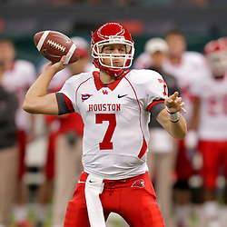 Oct 17, 2009; New Orleans, LA, USA; Houston Cougars quarterback Case Keenum (7) throws a pass during the first half against the Tulane Green Wave at the Louisiana Superdome. Mandatory Credit: Derick E. Hingle-US PRESSWIRE