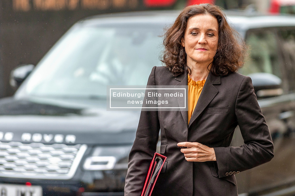 Theresa Villiers, Secretary of State for Environment, Food and Rural Affairs arriving at the Cabinet Office. <br /> <br /> Richard Hancox | EEm 30072019
