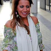NLD/Rijswijk/20110620 - CD presentatie Patty Brard, Esther Oosterbeek
