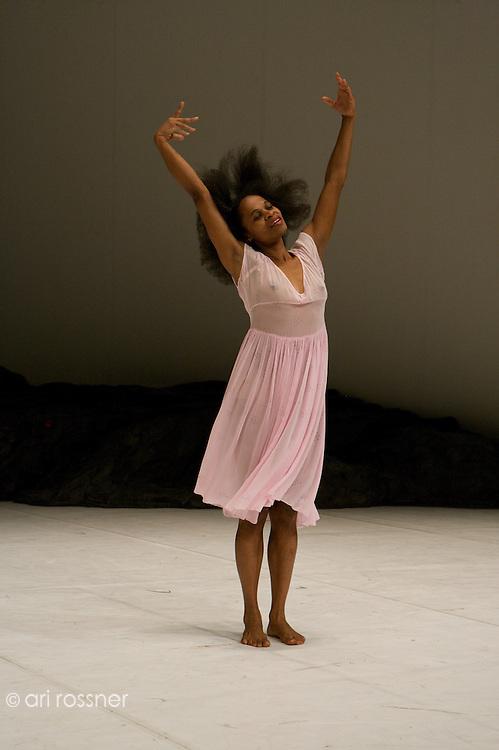 Show at Theatre de la Ville in Paris after Pina Bausch's death