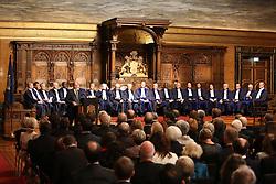 B¸rgermeister Olaf Scholz bei seiner Rede <br /> dahinter die 21 Richter des Seegerichtshofes<br /> 20 Jahre Internationaler Seegerichtshof Hamburg<br /> Jubil‰umsfeier Festakt im Rathaus Hamburg Grosser Festsaal  / 071016<br /> <br /> ***Ceremony 20 years International Maritime Court (Internationaler Seegerichtshof) in Hamburg, Germany, October 07, 2016 ***