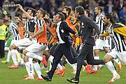 © Filippo Alfero<br /> Juventus-Atalanta, Serie A 2013/2014<br /> Torino, 05/05/2014<br /> sport calcio<br /> Nella foto: Antonio Conte e i giocatori della Juve festeggiano la conquista dello scudetto correndo sotta la curva dei tifosi juventini