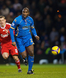 PORTSMOUTH, ENGLAND - Saturday, February 7, 2009: Portsmouth's Sol Campbell in action against Liverpool during the Premiership match at Fratton Park. (Mandatory credit: David Rawcliffe/Propaganda)