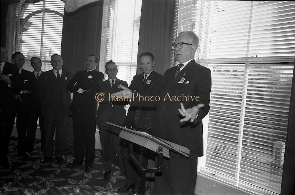 01/04/1963<br /> 04/01/1963<br /> 01 April 1963<br /> SPAR reception at the Shelbourne Hotel, Dublin. The reception announced the formation of SPAR (Ireland) Ltd. comprised of the Irish Wholesale Grocers Firms: Amalgamated Wholesalers Ltd., (P. Barrett and Sons Ltd., Dublin; D. Tyndall and Sons Ltd., Dublin and McNulty and O'Reilly Ltd., Bray); Munster United Merchants Ltd., (Maurice P. Daly Ltd., Cork and The Jamaica Banana Co. Cork) and Messrs Looney and Co. Ltd., Limerick. Mr. C.H. Wilms Floet, Executive Director, International SPAR, Amsterdam speaking at the reception.