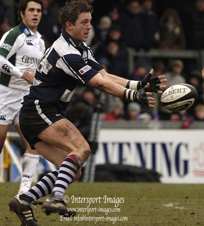 Bristol, ENGLAND, 12.03.2006,  Bristol's Sam Cox, as Bristol  Rugby vs London Irish, in a round of the Guinness Premiership, on Sunday 12th, © Peter Spurrier/Intersport-images.com..   [Mandatory Credit, Peter Spurier/ Intersport Images].
