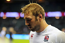 Chris Robshaw (England) leaves the field dejected - Photo mandatory by-line: Patrick Khachfe/JMP - Tel: Mobile: 07966 386802 16/11/2013 - SPORT - RUGBY UNION -  Twickenham Stadium, London - England v New Zealand - QBE Autumn Internationals.