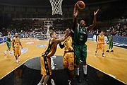 DESCRIZIONE : Bologna Final Eight 2008 Quarti di Finale Premiata Montegranaro Air Avellino <br /> GIOCATORE : Devin Smith <br /> SQUADRA : Air Avellino <br /> EVENTO : Tim Cup Basket For Life Coppa Italia Final Eight 2008 <br /> GARA : Premiata Montegranaro Air Avellino <br /> DATA : 08/02/2008 <br /> CATEGORIA : Rimbalzo <br /> SPORT : Pallacanestro <br /> AUTORE : Agenzia Ciamillo-Castoria/S.Silvestri