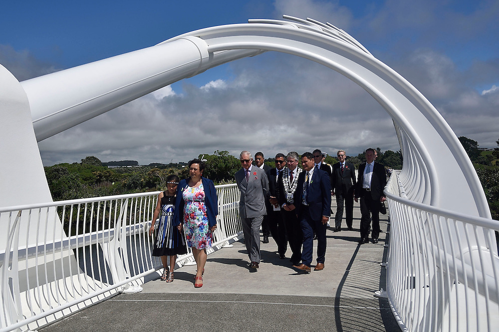 Prince Charles, Prince of Wales, walks over the Te Rewa Rewa bridge on the coastal walkway, New Plymouth, New Zealand, New Zealand, Monday, November 09, 2015. Credit:SNPA / AFP, Marty Melville  **POOL**