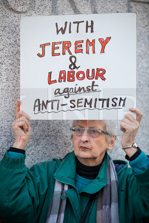 © Licensed to London News Pictures. 26/03/2018. London, UK. Pro-Corbyn Jewish Labour members stage a counter-demonstration opposing an anti-Semitism in the Labour Party demonstration, following an open letter from the Board of Deputies of British Jews and the Jewish Leadership Council to Leader of the Labour Party Jeremy Corbyn. Photo credit : Tom Nicholson/LNP