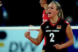06-09-2013 VOLLEYBAL: EK VROUWEN DUITSLAND - SPANJE: HALLE<br /> Duitsland wint met 3-0 van Spanje / Kathleen Weiss<br /> &copy;2013-FotoHoogendoorn.nl