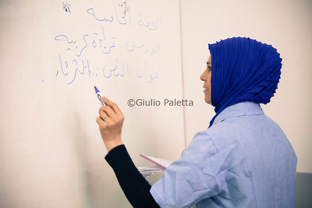 Brazilian and Arabic school in Foz do Iguacu. during Arabic writing lesson