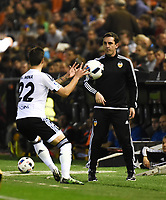 Valencia's  coach Gary Neville and Santi Mina  during Spain King Cup match. December 16, 2015. (ALTERPHOTOS/Javier Comos)