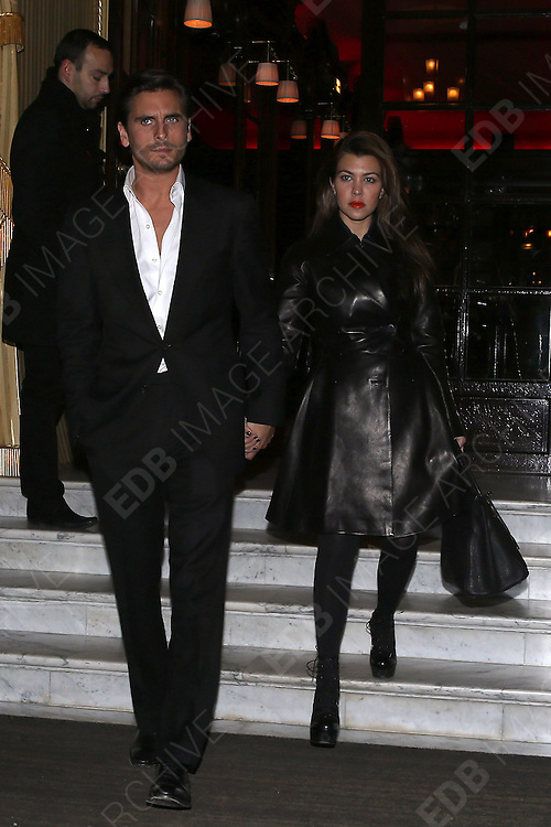 12.NOVEMBER.2012. PARIS<br /> <br /> KOURTNEY KARDASHIAN WITH SCOTT DISICK GOING AT THE COSTE RESTAURANT IN PARIS<br /> <br /> BYLINE: EDBIMAGEARCHIVE.CO.UK<br /> <br /> *THIS IMAGE IS STRICTLY FOR UK NEWSPAPERS AND MAGAZINES ONLY*<br /> *FOR WORLD WIDE SALES AND WEB USE PLEASE CONTACT EDBIMAGEARCHIVE - 0208 954 5968*