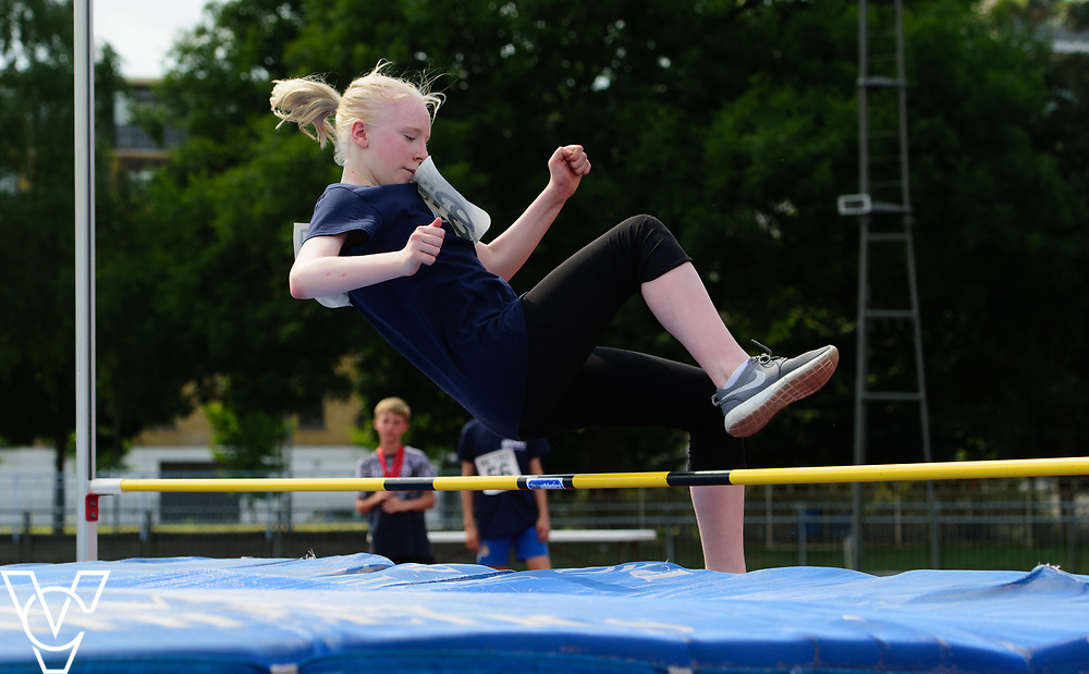 Metro Blind Sport's 2017 Athletics Open held at Mile End Stadium.  High Jump.  Emma Quigley<br /> <br /> Picture: Chris Vaughan Photography for Metro Blind Sport<br /> Date: June 17, 2017