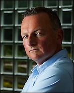 DEN HAAG - Portretten van Frank Dales directeur van de dierenbescherming. COPYRIGHT ROBIN UTRECHT FOTOGRAFIE