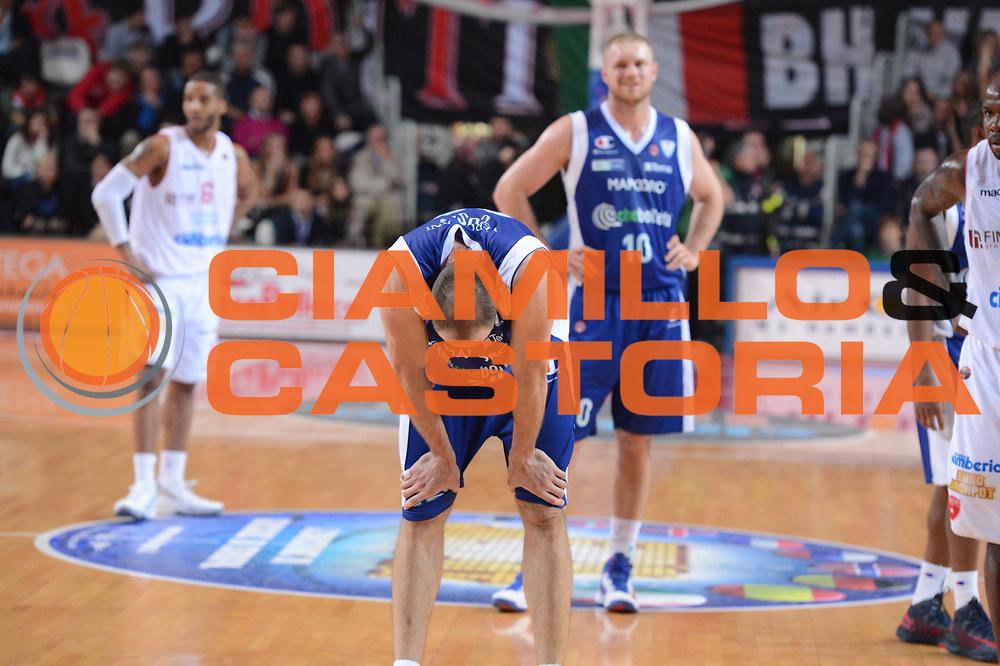 DESCRIZIONE : Varese Lega A 2012-13 Cimberio Varese cheBolletta Cantu<br /> GIOCATORE :  Marco Cusin<br /> CATEGORIA : ritratto curiosita<br /> SQUADRA : cheBolletta Cantu<br /> EVENTO : Campionato Lega A 2012-2013<br /> GARA : Cimberio Varese cheBolletta Cantu<br /> DATA : 29/10/2012<br /> SPORT : Pallacanestro <br /> AUTORE : Agenzia Ciamillo-Castoria/GiulioCiamillo<br /> Galleria : Lega Basket A 2012-2013  <br /> Fotonotizia : Varese Lega A 2012-13 Cimberio Varese cheBolletta Cantu<br /> Predefinita :