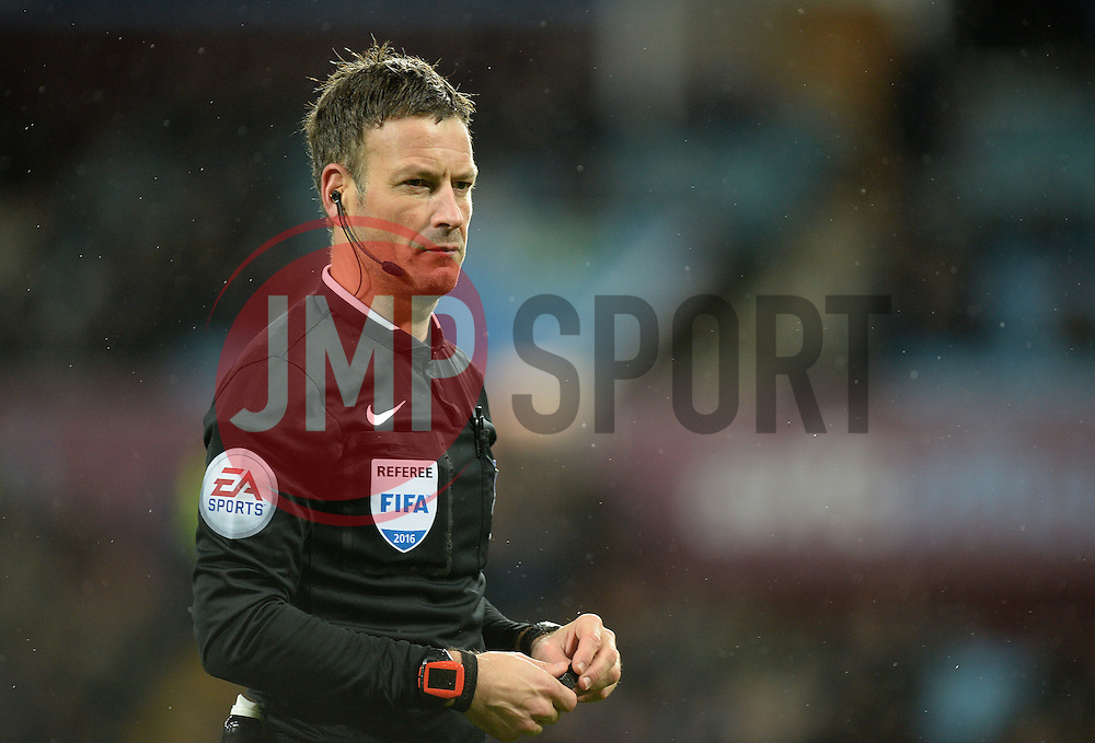 Referee Mark Clattenburg - Mandatory byline: Alex James/JMP - 12/01/2016 - FOOTBALL - Villa Park - Birmingham, England - Aston Villa v Crystal Palace - Barclays Premier League
