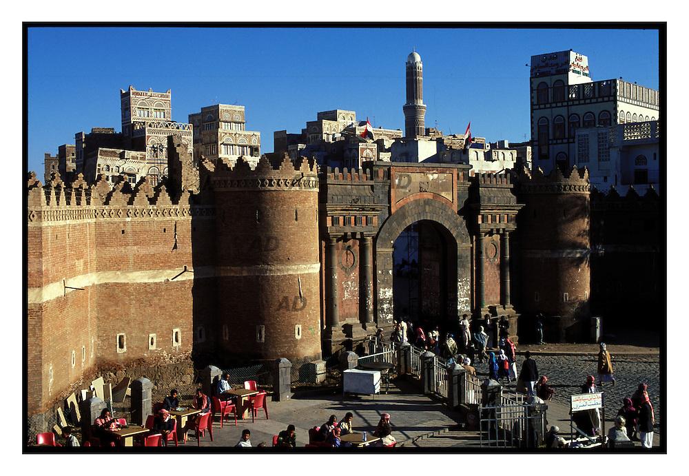 """Bab el Yemen, """"porta dello Yemen"""", la porta per la citt? vecchia rimasta intatta da secoli."""