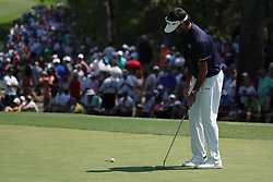 August 10, 2018 - St. Louis, Missouri, United States - Bubba Watson putts the 9th green during the second round of the 100th PGA Championship at Bellerive Country Club. (Credit Image: © Debby Wong via ZUMA Wire)